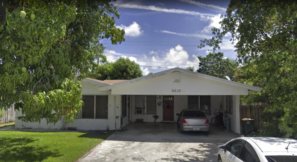 2510 NE 19th Ave Lighthouse Point, FL 33064 USA