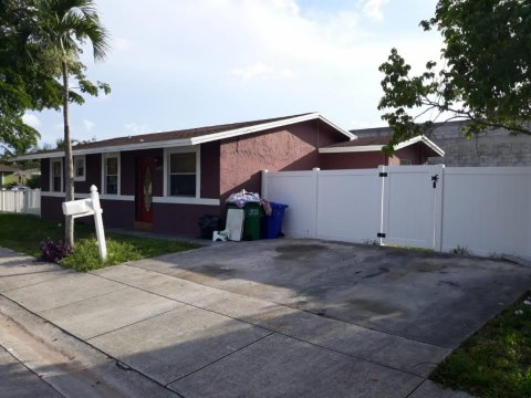 2931 NW 8th Ct Fort Lauderdale, FL 33311, USA