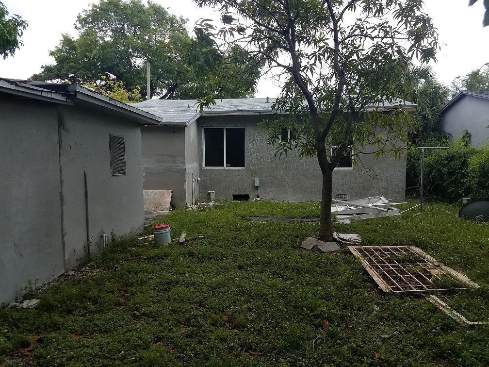 4834 NW 15th Ct Miami, FL 33142, USA