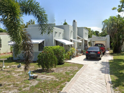 1006 Selkirk St West Palm Beach, FL 33405
