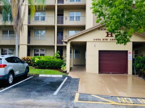 1401 SW 128th Terrace #304H Pembroke Pines, FL 33027, USA