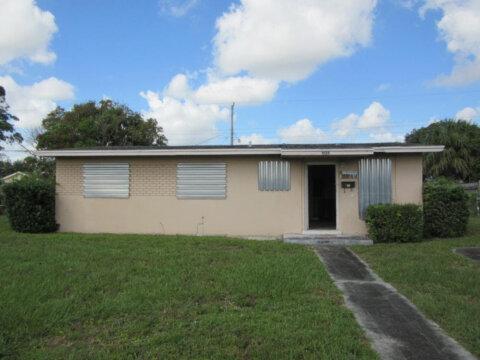 1438 8th St West Palm Beach, FL 33401, USA