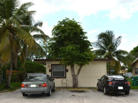1460 NW 24th Terrace Fort Lauderdale, FL 33311 USA