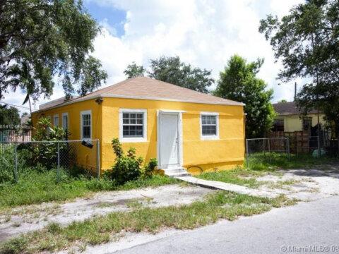 155 NE 65th St Miami, FL 33138