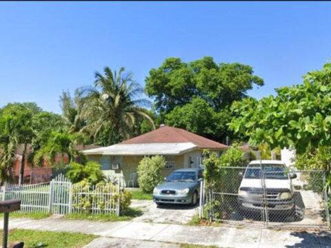 1861 NW 112th St Miami, FL 33167, USA