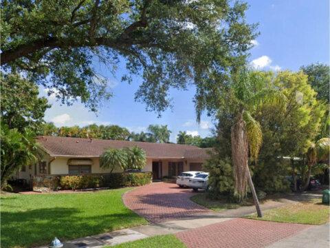 2041 NE 196th Terrace North Miami Beach, FL 33179, USA