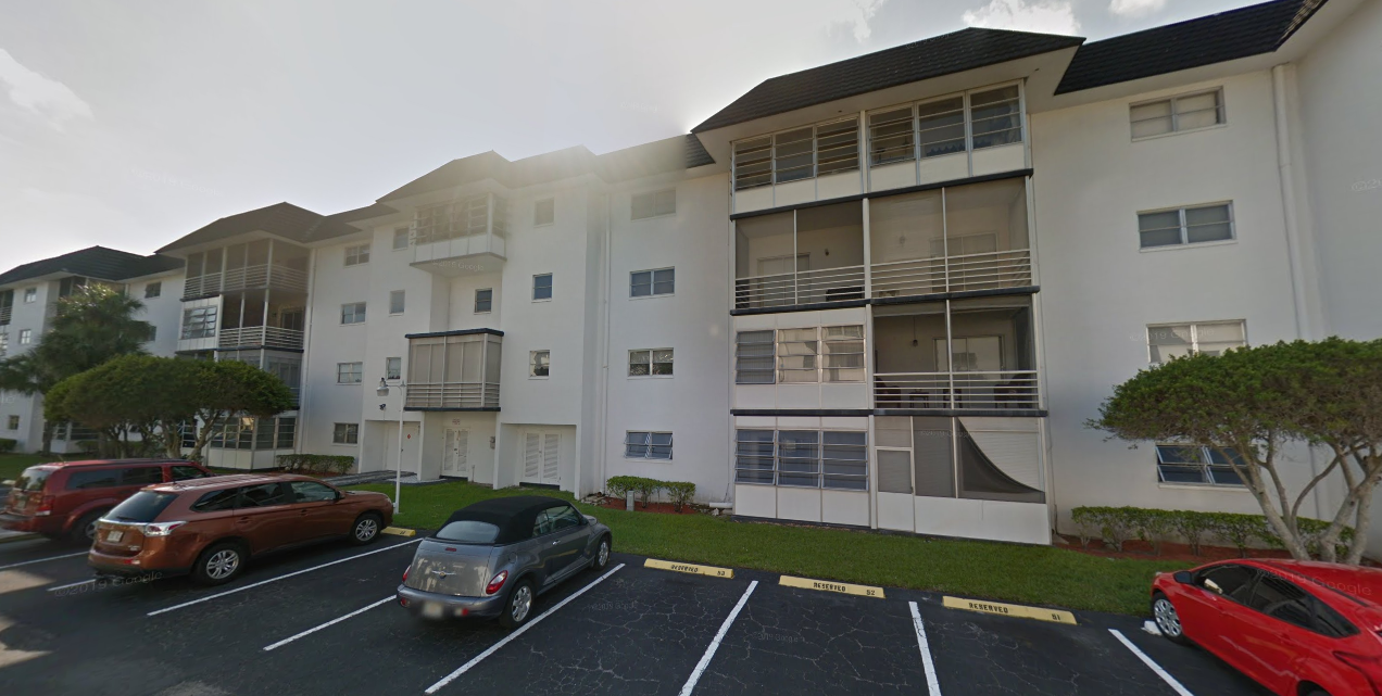 2061 NW 47th Terrace APT 202 Lauderhill, FL 33313, USA