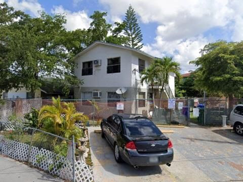 2441 NW 8th St Fort Lauderdale, FL 33311, USA