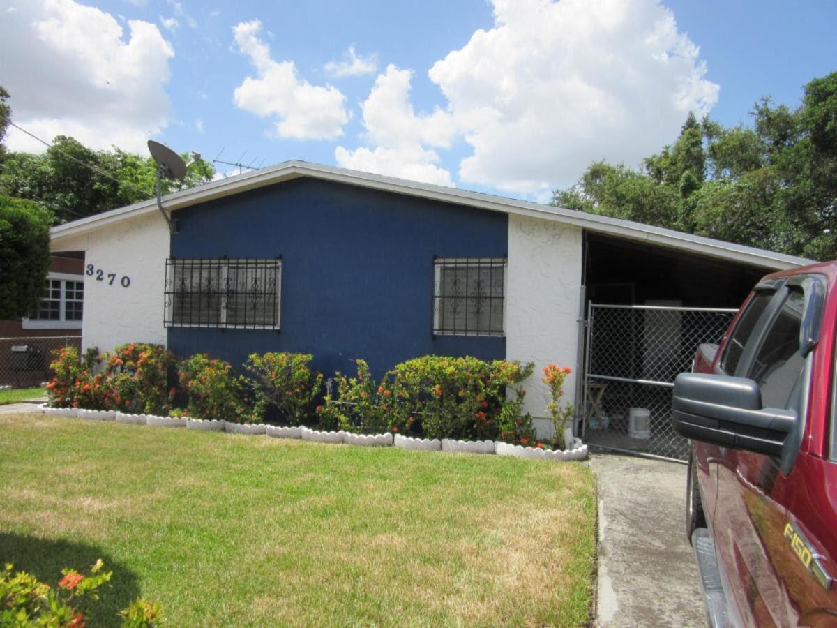 3270 NW 51st Terrace Miami, FL 33142