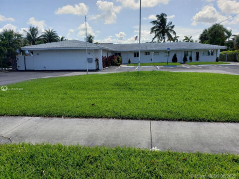 3751 NW 9th Ave Pompano Beach, FL 33064, USA