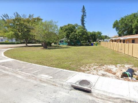 4612 NW 15th Ave Miami, FL 33142, USA