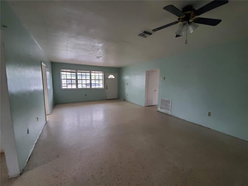 630 E 64th St Hialeah, FL 33013 USA