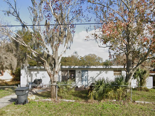 711 Strain Blvd Lakeland, FL 33815, USA
