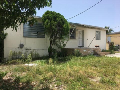 719 SW 8th Ave Hallandale Beach, FL 33009, USA