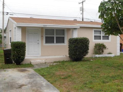 725 58th St West Palm Beach, FL 33407, USA
