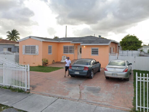 900 SW 74th Ave Miami, FL 33144, USA