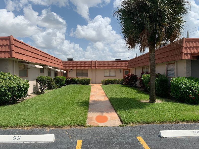 97 Seville Ln, Unit #X Delray Beach, FL 33446