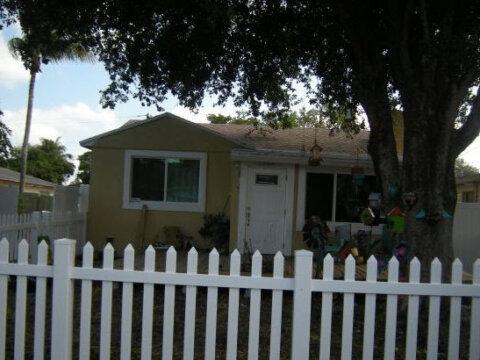 1300 NE 1st Ave Fort Lauderdale, FL 33304, USA