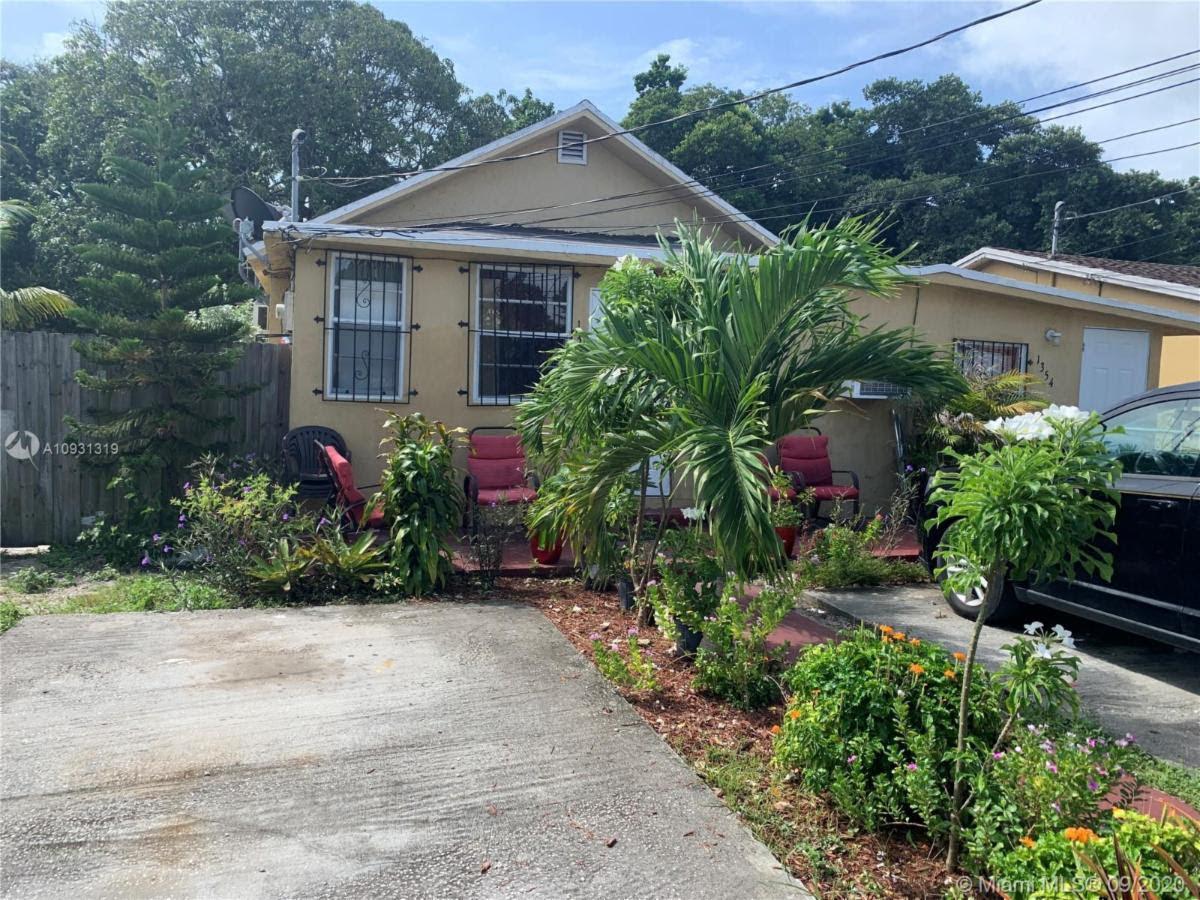 1352 NW 27 St., Miami 33142