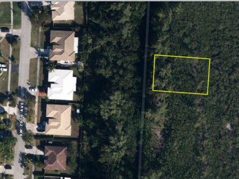 20215 SW 78th Ct Cutler Bay, FL 33189 USA