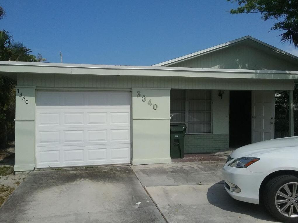 3340 N Dixie Hwy Boca Raton, FL 33431, USA