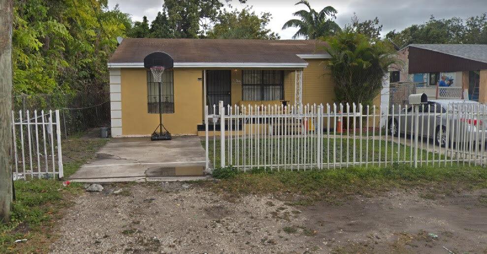 7951 NW 19th Ave Miami, FL 33147, USA