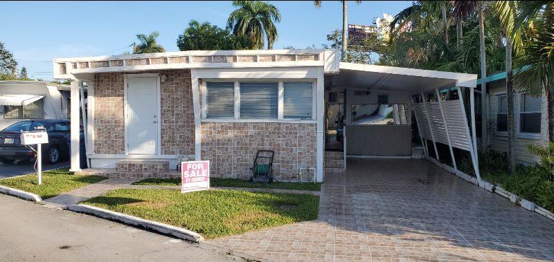 8625 SW 15th St Davie, FL 33324