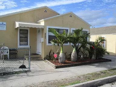 1012 18th St West Palm Beach, FL 33407, USA