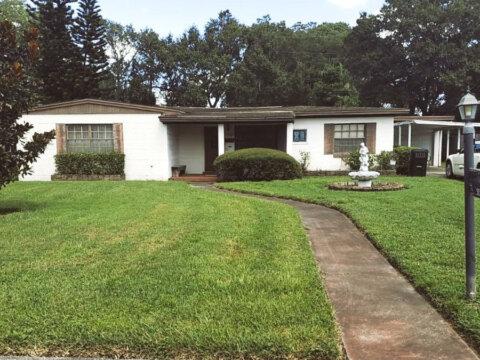 1329 Radclyffe Rd Orlando, FL 32804, USA