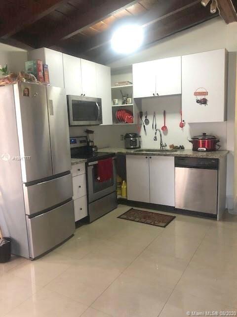 1777 NE 178th St North Miami Beach, FL 33162