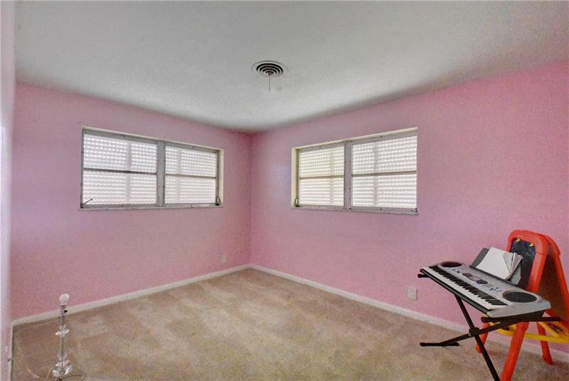 2145 NE 62nd St Fort Lauderdale, FL 33308, USA