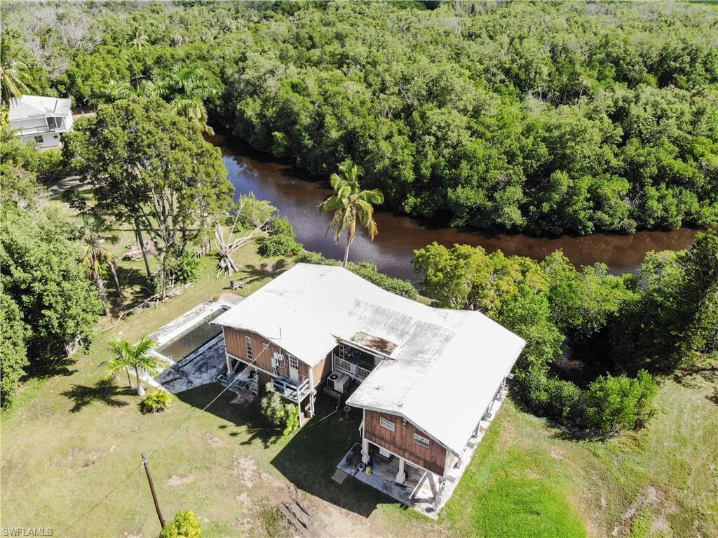 3 Plantation Pkwy Everglades City, FL 34139, USA ...
