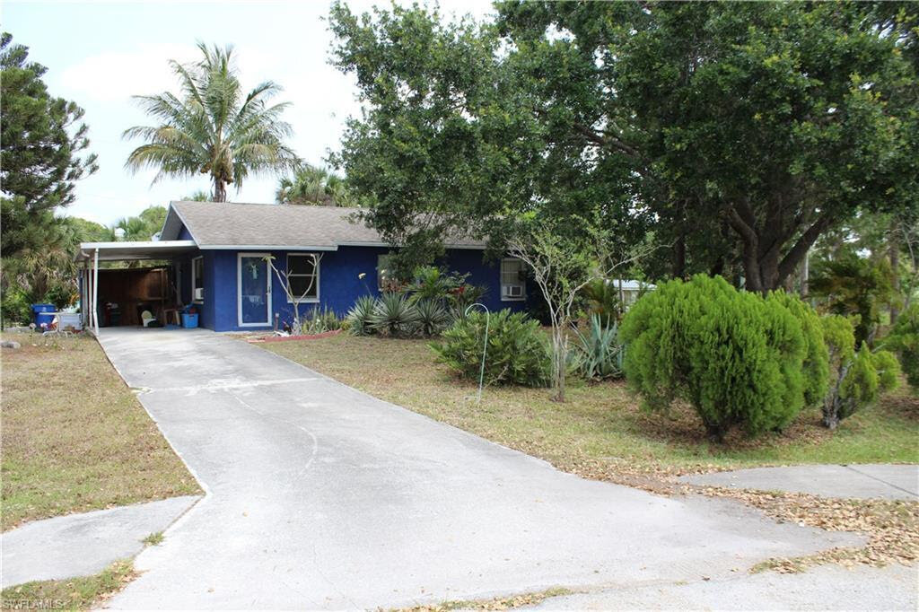4803 Hager Ct Fort Myers, FL 33908, USA