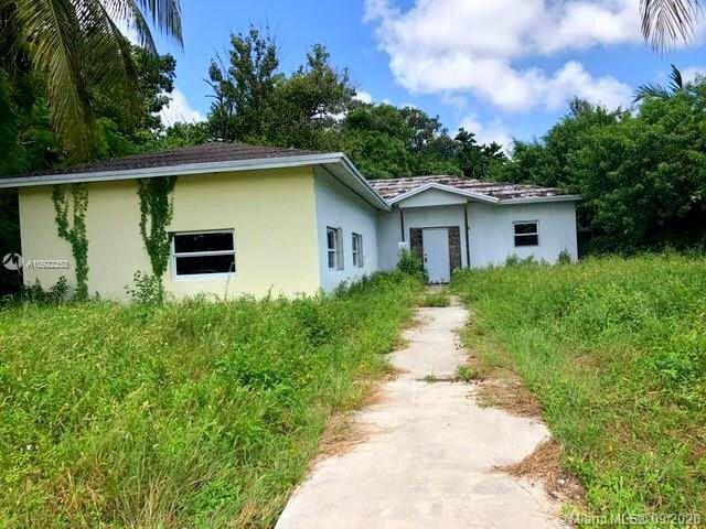 651 NE 172nd St Miami, FL 33162