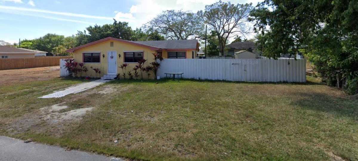 8866 SW 126th St, Miami, FL 33176