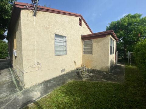 XX NW 114th St, Miami FL 33168