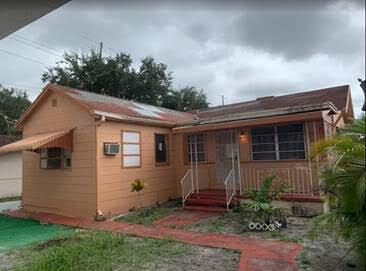 1053 NW 36th Ave Miami, FL 33125, USA