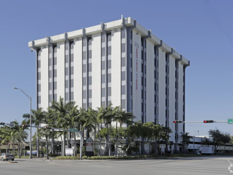 12550 Biscayne Blvd #200 North Miami, FL 33181, USA