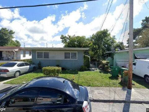 1580 NW 52nd St Miami, FL 33142, USA