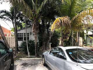 2325 Hayes St Hollywood, FL 33020, USA