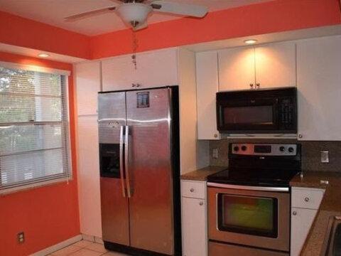 2505 Antigua Terrace E2 Coconut Creek, FL 33066, USA