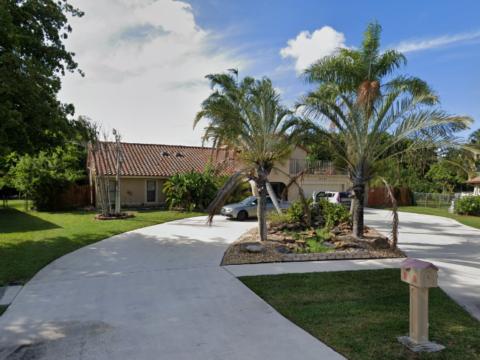5147 Beechwood Rd Delray Beach, FL 33484, USA
