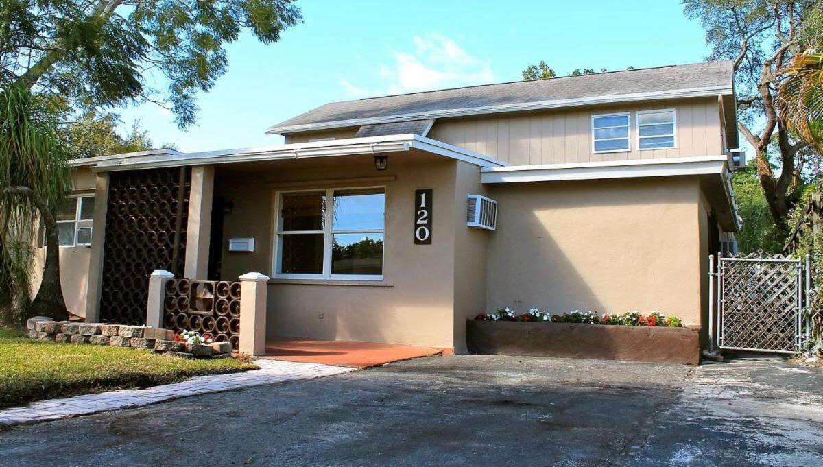 120 SW 68th Ave Pembroke Pines, FL 33023, USA