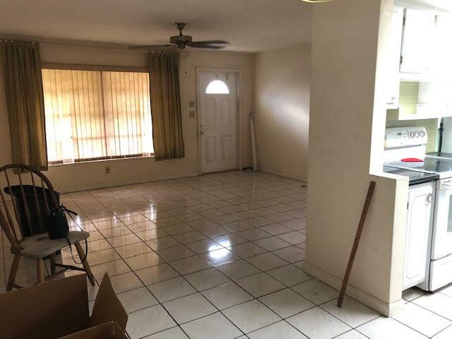2110 NW 74th Ave Sunrise, FL 33313