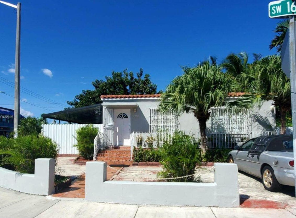 2195 SW 16th Terrace Miami, FL 33145, USA