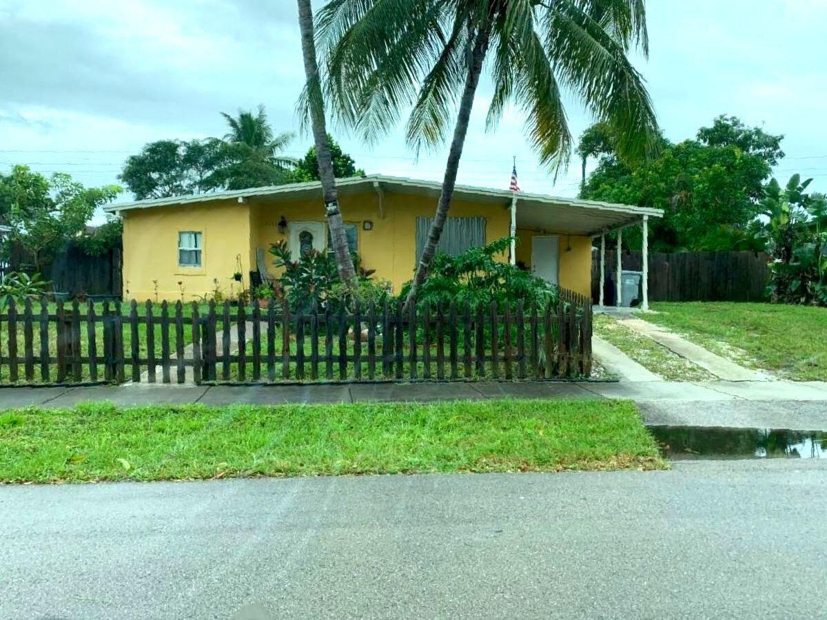4051 NE 15th Terrace Pompano Beach, FL 33064