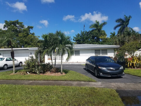 5741 SW 1st St Plantation, FL 33317, USA