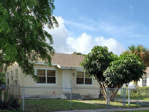 616 53rd St West Palm Beach, FL 33407, USA