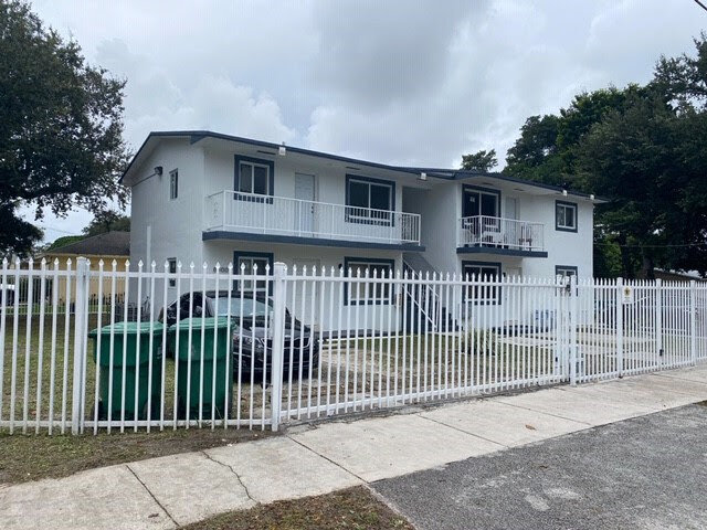 8400 NW 15th Ave Miami, FL 33147