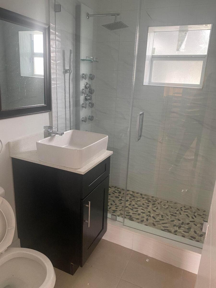 9971 SW 40th Terrace Miami, FL 33165, USA